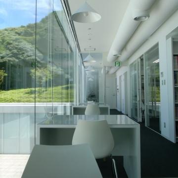 大阪のサプライズプロポーズ 横須賀美術館