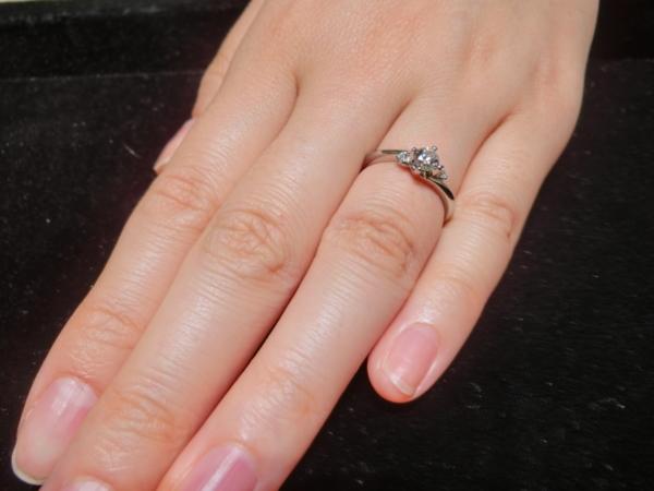 大阪市 et.lu(エトル)の婚約指輪をご成約頂きました