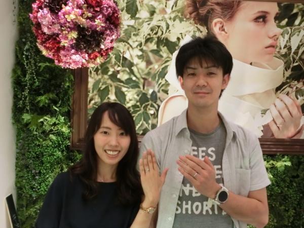 et.luの婚約指輪とパイロットの結婚指輪 和歌山県橋本市