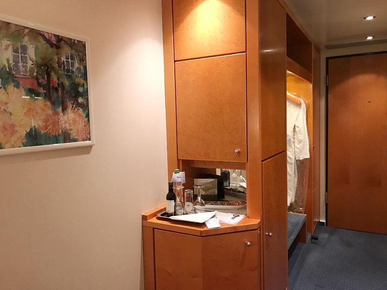 ホテルの部屋はとても綺麗でした。