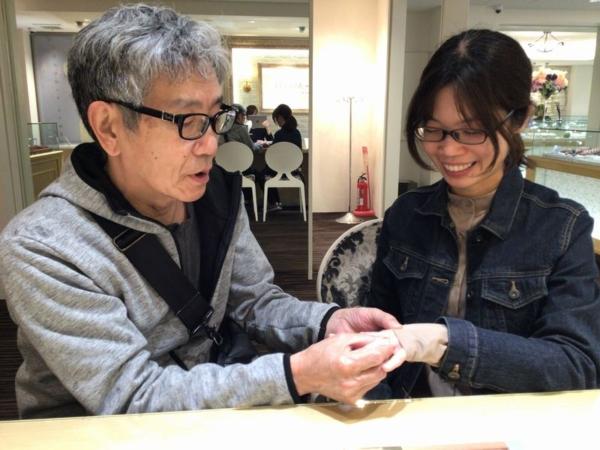 兵庫県加東市「LittleGarden」の婚約指輪と「ラムレート」の結婚指輪をご成約頂きました。