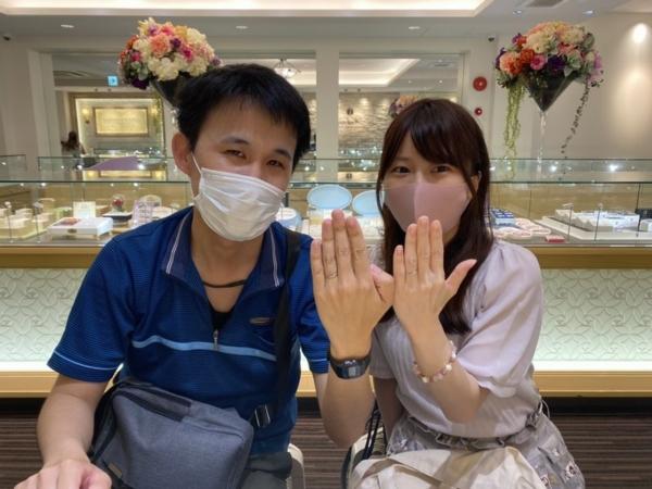 兵庫県姫路市「いい夫婦」の結婚指輪をご成約頂きました。
