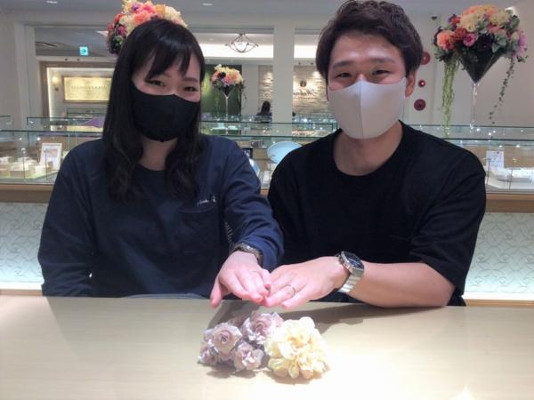 兵庫県姫路市「et.lu」と「Quand de Mariage」の結婚指輪をご成約頂きました。