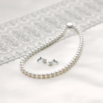 ロゼットパールでロゼットの真珠のネックレス7-7.5mm