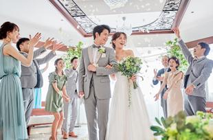 大阪のサプライズプロポーズ 小さな結婚式「モザイクチャペル」