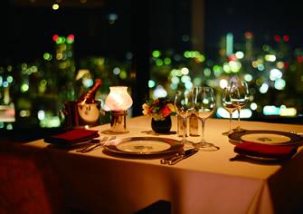 大阪のサプライズプロポーズ ホテルオークラ神戸 レストランエメラルド