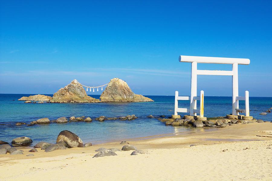 糸島の夫婦岩